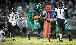 November 17, 2017 - Delray Beach, Florida, U.S. - Atlantic Eagles running back Shelley Singletary (5) makes his way through the Park Vista defense to score a touchdown in the second quarter to give the Eagles a 14-0 lead in Delray Beach, Florida on November 17, 2017. (Credit Image: © Allen Eyestone/The Palm Beach Post via ZUMA Wire)