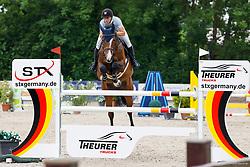 09, Youngster-Springprfg. Kl. M**,Ehlersdorf, Reitanlage Jörg Naeve, 29.06. - 01.07.2021, Laura Jane Hackbarth (GER), Pico HCC,,