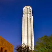 Vertical photo of Liberty Memorial in Kansas City, MO at dusk.