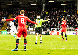 27.02.2020, Linzer Stadion, Linz, AUT, UEFA EL, LASK vs AZ Alkmaar, Sechzehntelfinale, im Bild Schiedsrichter Srdjan Jovanovic (SRB) gibt Elfmeter // Schiedsrichter Srdjan Jovanovic (SRB) gibt Elfmeter during the UEFA Europa League round of the last 32, 2nd leg match between LASK and AZ Alkmaar at the Linzer Stadion in Linz, Austria on 2020/02/27. EXPA Pictures © 2020, PhotoCredit: EXPA/ Reinhard Eisenbauer