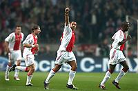 Fotball<br /> UEFA Champions League 2004/2005<br /> 19.10.2004<br /> Foto: ProShots/Digitalsport<br /> NORWAY ONLY<br /> <br /> Ajax v Maccabi Tel-Aviv<br /> <br /> vreugde bij nigel de jong die de 2-0 maakte. links johnny heitinga en wesley sonck - rechts hatem trabelsi