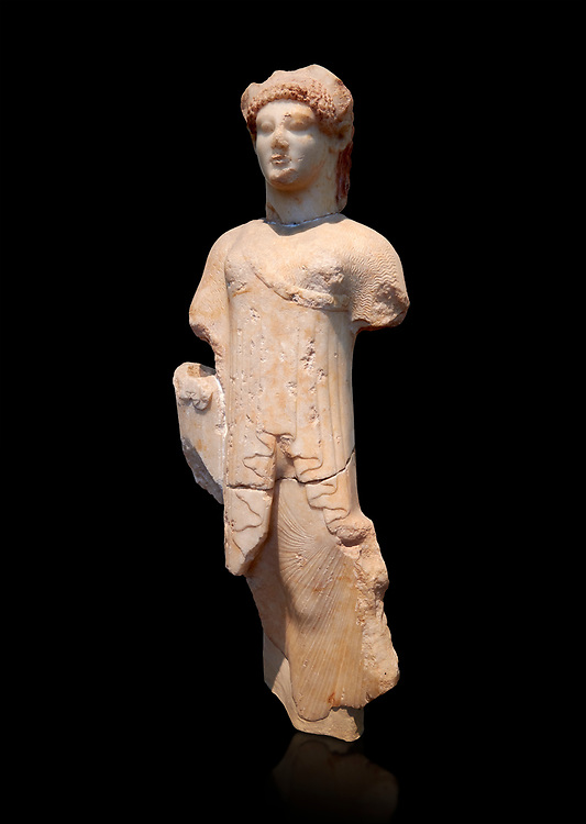 Marble Ancient Archaic Greek statuette of a Kore, from Aleusis, C. 490-480 BC, Athens National Archaeological Museum. Cat No 24.  Against black .<br /> <br /> If you prefer to buy from our ALAMY STOCK LIBRARY page at https://www.alamy.com/portfolio/paul-williams-funkystock/greco-roman-sculptures.html . Type -    Athens    - into LOWER SEARCH WITHIN GALLERY box - Refine search by adding a subject, place, background colour, etc.<br /> <br /> Visit our ROMAN WORLD PHOTO COLLECTIONS for more photos to download or buy as wall art prints https://funkystock.photoshelter.com/gallery-collection/The-Romans-Art-Artefacts-Antiquities-Historic-Sites-Pictures-Images/C0000r2uLJJo9_s0