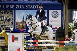 Hassmann Felix, GER, Cayenne WZ<br /> Veolia Championat<br /> Braunschweig - Löwenclassics 2019<br /> © Hippo Foto - Stefan Lafrentz