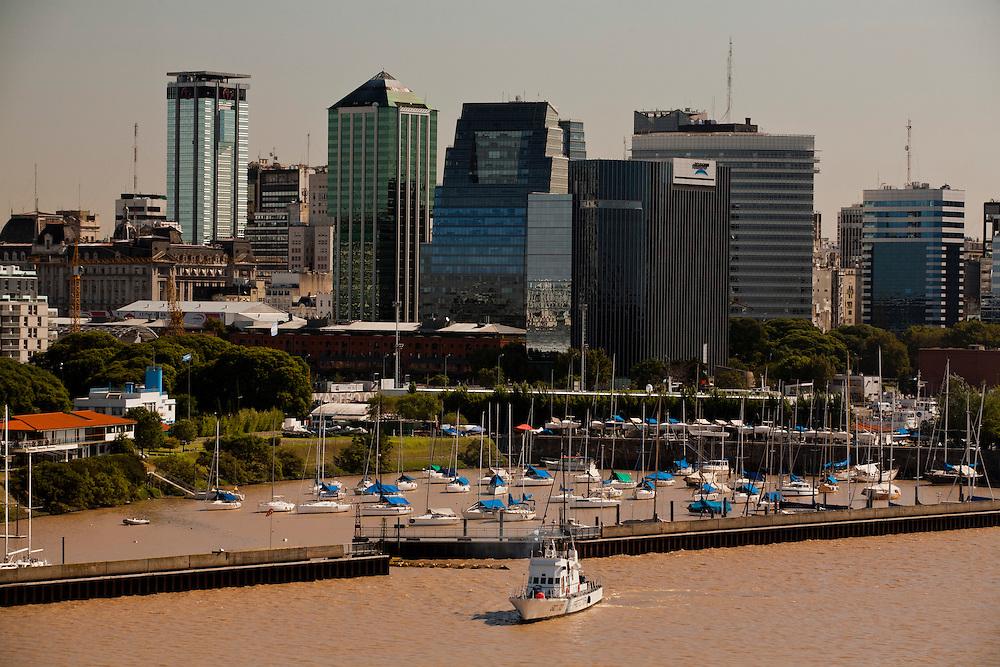 Buenos Aires, Argentina...Imagens da cidade de Buenos Aires, capital da Argentina. Na foto Puerto Madero - Rio de la Prata - Buenos Aires...El Puerto Madero and La Plata river in Buenos Aires, Argentina...Foto: LEO DRUMOND / NITRO