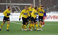 Fotball, Adecco-ligaen, 23.04.06, Tromsdalen - Moss<br /> Fornøyd Moss-lag etter 1-0-scoring. Overtaket varte ikke lenge, og kampen endte 4-2.<br /> Foto: Tom Benjaminsen, Digitalsport