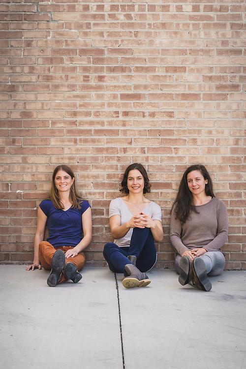 Katy Scott, Esther Smith, Katey Blumenthal