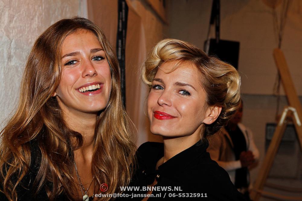 NLD/Amsterdam/20100901 - Glamour magazine bestaat 5 jaar, Hanna Verboom en zus Tamaris