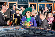 Koningin Máxima opent de Bio-beurs in de IJsselhallen. De vakbeurs voor de biologische sector trekt jaarlijks ruim 10.000 bezoekers.<br /> <br /> Queen Máxima opens the Bio-fair in the IJsselhallen. The trade fair for the organic sector attracts more than 10,000 visitors annually.<br /> <br /> Op de foto / On the photo: Vertrek