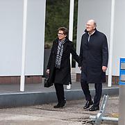 NLD/Leusden/20180306 - Uitvaart Mies Bouwman, Joop van den Ende en partner Janine