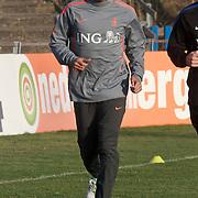 NLD/Katwijk/20110321 - Training Nederlandse Elftal Hongarije - NLD, Hedwiges Maduro krijgt aparte looptraining