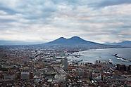 20131125_NYT_Naples