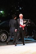 De Japanse keizer Naruhito heeft officieel de troon aanvaard en de belofte afgelegd dat hij zijn plicht als symbool van de staat zal vervullen. De 59-jarige Naruhito deed dat in een eeuwenoude ceremonie in de belangrijkste zaal van het keizerlijke paleis in Tokio in aanwezigheid van staatshoofden en gasten uit meer dan 180 landen.<br /> <br /> The Japanese emperor Naruhito has officially accepted the throne and made the promise that he will fulfill his duty as a symbol of the state. The 59-year-old Naruhito did that in an ancient ceremony in the main hall of the Imperial Palace in Tokyo in the presence of heads of state and guests from more than 180 countries.<br /> <br /> Op de foto / On the photo:   Prince Charles