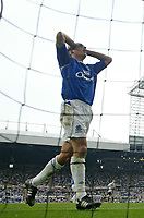 Photo: Andrew Unwin.<br /> Newcastle United v Everton. The Barclays Premiership. 24/09/2006.<br /> Everton's Leon Osman rues a missed opportunity.