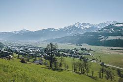 THEMENBILD - Ortsansicht von Piesendorf im Frühling, aufgenommen am 14. April 2020, Piesendorf, Österreich // the village Piesendorf in spring on 2020/04/14, Piesendorf, Austria. EXPA Pictures © 2020, PhotoCredit: EXPA/ Stefanie Oberhauser