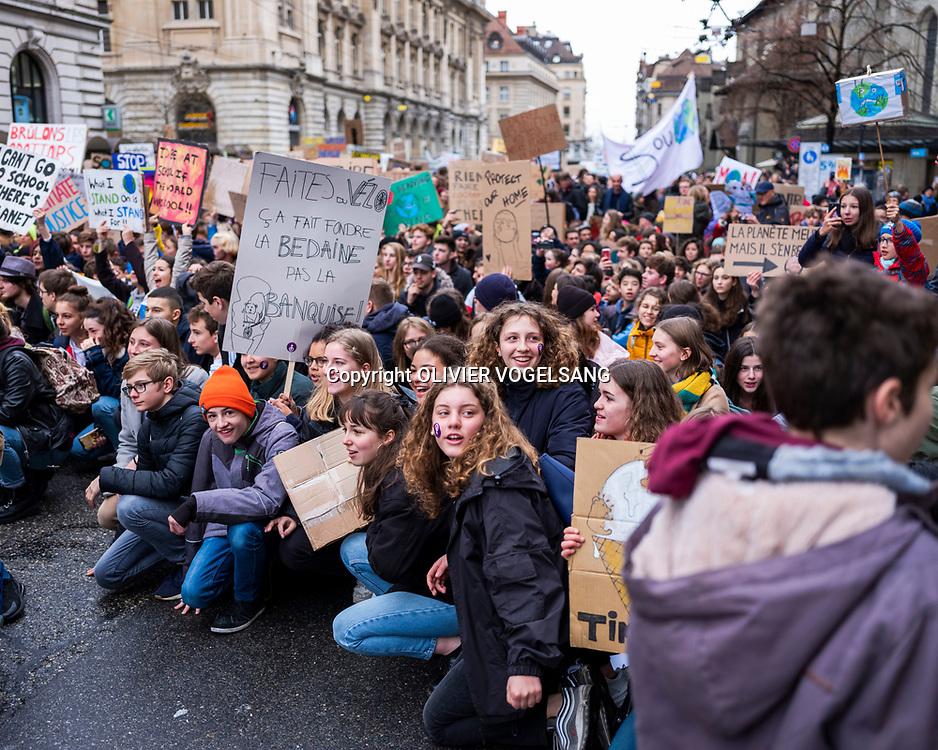 Lausanne, 15 mars 2019. Grève pour le climat. La jeunesse est à nouveau dans les rues.  © Olivier Vogelsang