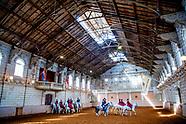De Hollandsche Manege in Amsterdam is de oudste rijschool van Nederland. De geschiedenis van deze st