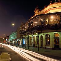 Australia, Western Australia, The landmark Freemasons' Hotel during evening twilight in Freemantle near Perth