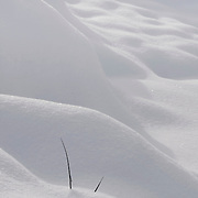 snow waves structures with sunlight