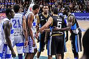 DESCRIZIONE : Campionato 2014/15 Serie A Beko Dinamo Banco di Sardegna Sassari - Upea Capo D'Orlando<br /> GIOCATORE : Team Upea Capo D'Orlando<br /> CATEGORIA : Time Out<br /> SQUADRA : Upea Capo D'Orlando<br /> EVENTO : LegaBasket Serie A Beko 2014/2015<br /> GARA : Dinamo Banco di Sardegna Sassari - Upea Capo D'Orlando<br /> DATA : 22/03/2015<br /> SPORT : Pallacanestro <br /> AUTORE : Agenzia Ciamillo-Castoria/L.Canu<br /> Galleria : LegaBasket Serie A Beko 2014/2015