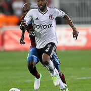 Besiktas's Manuel Fernandes during their Turkish Superleague soccer derby match Besiktas between Trabzonspor at the Inonu Stadium at Dolmabahce in Istanbul Turkey on Sunday, 21 October 2012. Photo by Aykut AKICI/TURKPIX