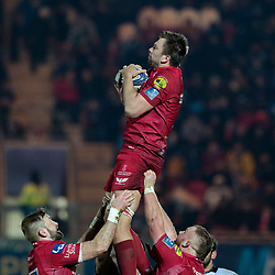 Scarlets' David Bulbring claims the lineout<br /> <br /> Photographer Simon King/Replay Images<br /> <br /> European Rugby Champions Cup Round 6 - Scarlets v Toulon - Saturday 20th January 2018 - Parc Y Scarlets - Llanelli<br /> <br /> World Copyright © Replay Images . All rights reserved. info@replayimages.co.uk - http://replayimages.co.uk
