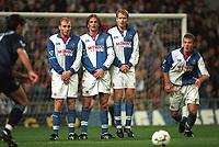 Blackburn Rovers wall ( Stuart Ripley, Tim Sherwood, Henning Berg, and Alan Shearer). Blackburn v Tottenham, Premier League Football, 5/11/94. Credit: Colorsport.