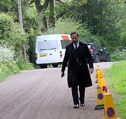 Monday 8th May 2017 Godalming,Surrey. Filming of Howard's End :The social and class divisions in early 20th century England through the intersection of three families - the wealthy Wilcoxes, the gentle and idealistic Schlegels and the lower-middle class Basts. Pictured is <br /> Matthew Macfadyen...<br />  Henry Wilcox,<br /> Joe Bannister...<br />  Charles Wilcox and others on location at national Trust House ©UKNIP