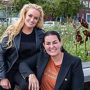 NL/Huizen/20207017 - Jeffrey en Suzan cd presentatie, Samatha Steenwijk met  partner Daisy
