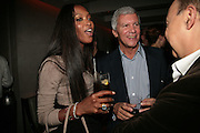 NAOMI CAMPBELL AND LARRY GAGOSIAN, Party hosted by Larry Gagosian at Nobu, Berkeley St. London. 9 October 2007. -DO NOT ARCHIVE-© Copyright Photograph by Dafydd Jones. 248 Clapham Rd. London SW9 0PZ. Tel 0207 820 0771. www.dafjones.com.