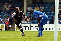 Photo: Olly Greenwood.<br />Gillingham v Swansea City. Coca Cola League 1. 16/09/2006. Swansea's Leon Knight celebrates scoring