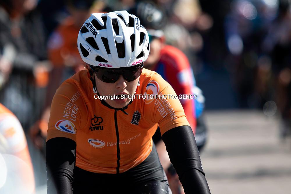 10-04-2019: Wielrennen: Healthy Aeging Tour: Borkum<br />KNWU