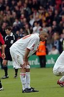 Photo: Kevin Poolman.<br />AFC Bournemouth v Brentford. Coca Cola League 1. 06/05/2006. Darren Pratley looks dejected after Brentford can only get a draw.
