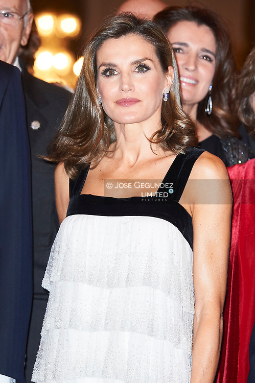 Queen Letizia of Spain attended the 'Francisco Cerecedo' journalism awards to Florencio Dominguez at the Ritz Hotel on November 22, 2017 in Madrid