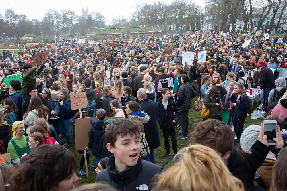 Part of massive global demonstrations for urgent action on climate change, inspired by young climate activist Greta Thunberg in Sweden. In Brighton, UK, thousands of school students skipped school and demonstrated. 250.org calculated that around 1.4 million students took part globally.