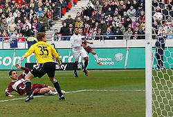 05.0305.03.2011, AWD Arena, Hannover, GER, 1.FBL, Hannover 96 vs FC Bayern Muenchen, im Bild Mohamed Abdellaoue (Hannover #25) mit dem Tor zum 1:0.EXPA Pictures © 2011, PhotoCredit: EXPA/ nph/  Schrader       ****** out of GER / SWE / CRO  / BEL ******