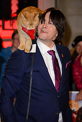 November 3, 2016 - London, United Kingdom - Image ©Licensed to i-Images Picture Agency. 03/11/2016. London, United Kingdom. Bob and James Bowen attend the World Premiere of A Street Cat Named Bob. Picture by Chris Joseph / i-Images (Credit Image: © Chris Joseph/i-Images via ZUMA Wire)