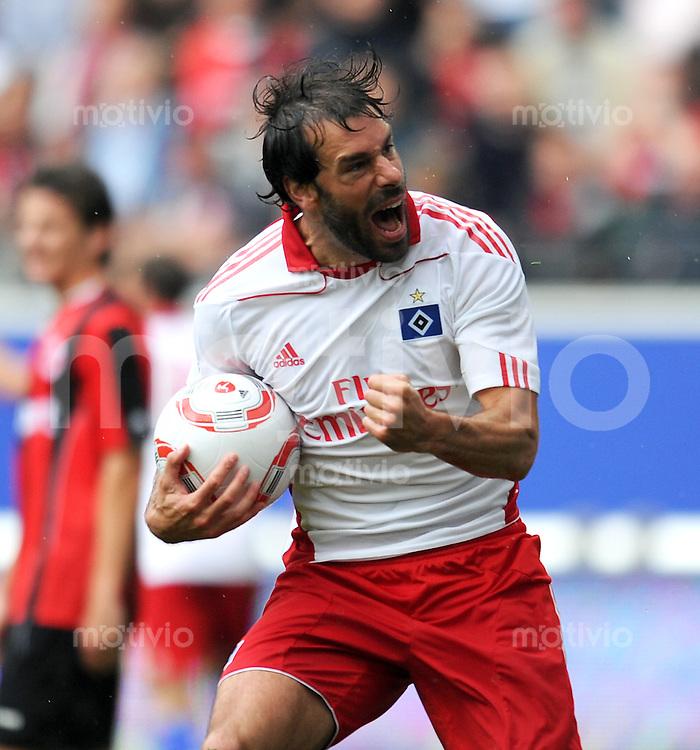 Fussball 1. Bundesliga: 2. Spieltag Saison   2010/2011      Eintracht Frankfurt - Hamburger SV    28.08.2010 Jubel Ruud van Nistelrooy (Hamburger SV)