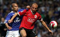 Photo: Paul Thomas.<br /> Everton v Manchester United. The Barclays Premiership. 28/04/2007.<br /> <br /> James Vaughan (L) of Everton battles with Wes Brown.