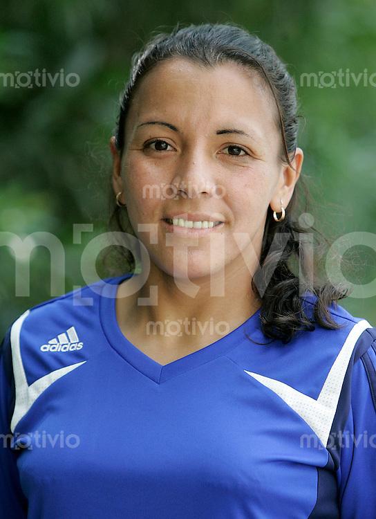 Fussball International Frauen WM China 2007  Schiedsrichterinnen Portraittermin Rosa CANALES (ECU).