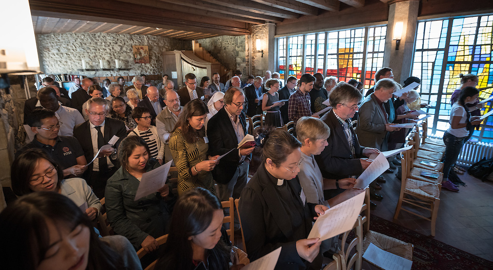 30 September 2016, Bossey, Switzerland: Prayers in the Bossey Chapel. The Ecumenical Institute at Château de Bossey celebrates 70 years of ecumenical formation. Hundreds of current and former students, professors, friends and partners have gathered in Bossey for a weekend of fellowship and activities highlighting the rich life of the Institute and its role in the Ecumenical Movement.