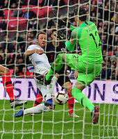 Football - 2018 / 2019 UEFA Nations League A - Group Four: England vs. Croatia<br /> <br /> Harry Kane of England slips the ball past goalkeeper, Lovre Kalinic ,for Dele Alli to score the first goal at Wembley.<br /> <br /> COLORSPORT/ANDREW COWIE