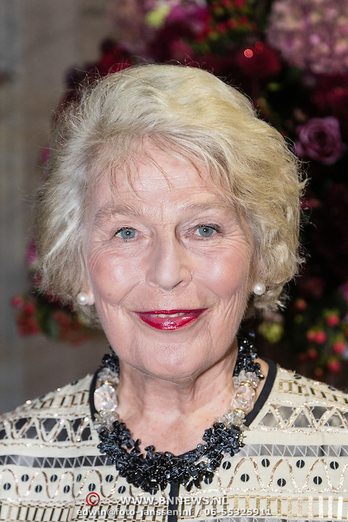 NLD/Amsterdam/20160929 - VIP opening 90 Jaar Marilyn, Martine van Loon - Labouchere