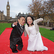 Shortest married couple in the world unveiled - Guinness World Records Day