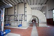 Nosedo, Milano : Impianto di depurazione delle acque reflue. nella foto i deodorizzatori dell'aria.Nosedo Waste Water Treatment plant, air treatment and deodorization.