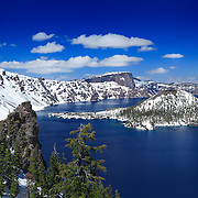 Wizard Island Discovery Point Edge View - Crater Lake