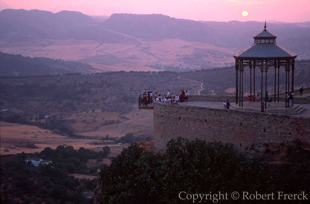 SPAIN, ANDALUSIA Ronda, popular mountain resort with mirador perched above ravine(tajo) of the Guadalevin River