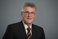 19 NOV 2012, BERLIN/GERMANY:<br /> Volker Stich, Stellv. Bundesvorsitzender Deutscher Beamtenbund und Tarifunion, dbb und Vorsitzender des BBW Beamtenbund und Tarifunion Baden-Württemberg<br /> IMAGE: 20121119-01-045