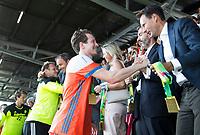 AMSTELVEEN - Seve van Ass (Ned) met Stephan Veen    na de finale (heren) Belgie-Nederland (2-4) bij de Rabo EuroHockey Championships 2017. COPYRIGHT KOEN SUYK