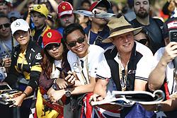 March 14, 2019 - Melbourne, Australia - Motorsports: FIA Formula One World Championship 2019, Grand Prix of Australia, ..Fans  (Credit Image: © Hoch Zwei via ZUMA Wire)