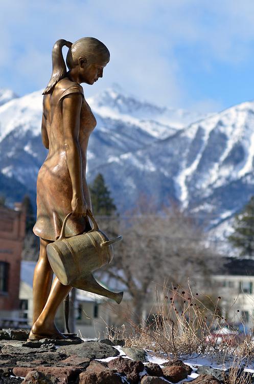 Bronze statue in downtown Joseph, Oregon.